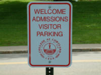 Picture of a parking sign